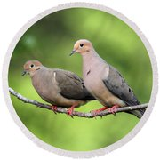 Two Doves Round Beach Towel