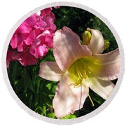 Two Pink Neighbors- Lily And Phlox Round Beach Towel