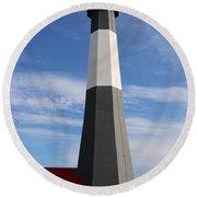 Tybee Island Lighthouse On Beautiful Day Round Beach Towel