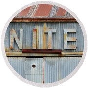 United Rusted Metal Sign Round Beach Towel