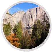 Upper Yosemite Falls In Autumn Round Beach Towel