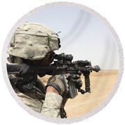 U.s. Army Soldier Scans The Horizon Round Beach Towel by Stocktrek Images