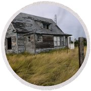 Vacant House Round Beach Towel