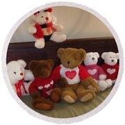 Valentine Bears  Round Beach Towel