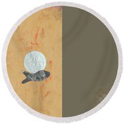 Variations Wandering Fish Round Beach Towel