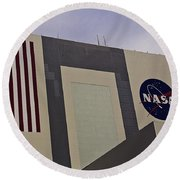 Vehicle Assembly Building Round Beach Towel
