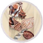 Vertical Conch Shells Round Beach Towel