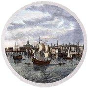 View Of London, 1550 Round Beach Towel
