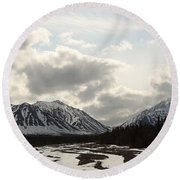 View Of Quill Creek In Kluane National Round Beach Towel