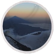 Villarrica, Summit View With Shadow Round Beach Towel