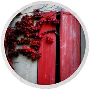 Vines On Red Shutters Round Beach Towel