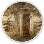 Vintage Looking Old Outhouse In The Great Smokey Mountains Round Beach Towel