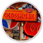 Vintage Neon Sign Oldsmobile Round Beach Towel