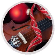 Violin And Red Ornaments Round Beach Towel