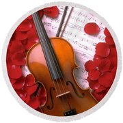 Violin On Sheet Music With Rose Petals Round Beach Towel
