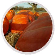 Wagon Ride For Pumpkins Round Beach Towel