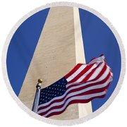 Washington Monument Flag Round Beach Towel