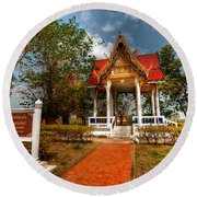 Wat Kham Chanot Round Beach Towel