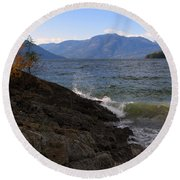 Waves On The Shore Round Beach Towel