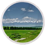 Westerly View Of The Bridger Mountains Round Beach Towel