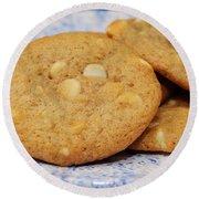 White Chocolate Chip Cookies Round Beach Towel