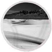 White In White Sands Round Beach Towel