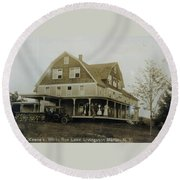 White Roe Boarding House-owner E Keene Prior To My Grandfather. Circ 1900s Round Beach Towel