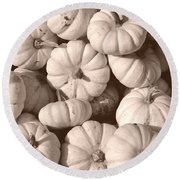 White Squash Round Beach Towel
