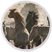 Wild Horse Battle Round Beach Towel