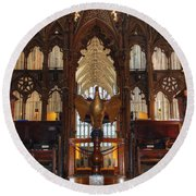 Winchester Cathedral Quire Round Beach Towel