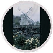 Windmill And Daffodils  Round Beach Towel
