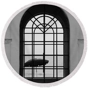 Windows On The Beach In Black And White Round Beach Towel