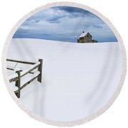 Winter Landscape Photograph With Prairie Farmhouse And Wooden Fence Round Beach Towel