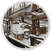 Winter On Deck Round Beach Towel