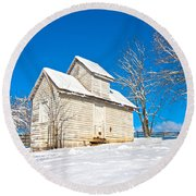 Winter Smoke House Round Beach Towel