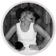 Woman In White  Bw Round Beach Towel