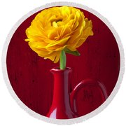 Yellow Ranunculus In Red Pitcher Round Beach Towel