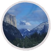Yosemite View In Snow Round Beach Towel