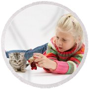 Young Girl With Silver Tabby Kitten Round Beach Towel
