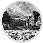 Zion Canyon - Bw Round Beach Towel