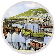 1900 Harbour View Mousehole Cornwall England Round Beach Towel