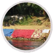 Laundry Matt On The Nile Round Beach Towel
