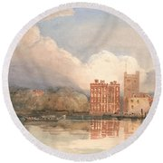 View Of Lambeth Palace On Thames Round Beach Towel