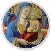 Virgin And Child With Angels Round Beach Towel
