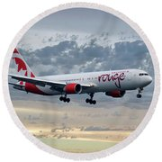 Air Canada Rouge Boeing 767-333 Round Beach Towel