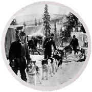 Alaskan Dog Sled, C1900 Round Beach Towel