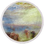 Approach To Venice Round Beach Towel