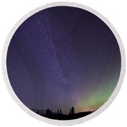 Aurora Borealis And Milky Way Round Beach Towel