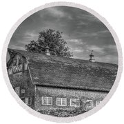 Ct. Barn Round Beach Towel