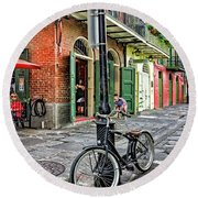 Bike And Lamppost In Pirate's Alley Round Beach Towel